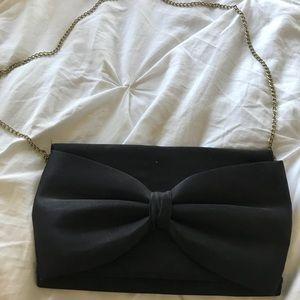 Black bow H&M purse w/gold chain